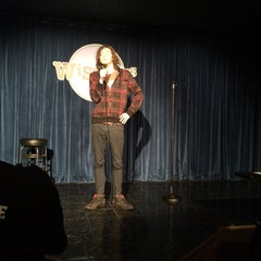 Photo taken at Wiseguys Comedy by Lauren S. on 2/16/2015