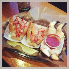 Photo taken at Luke's Lobster by Jane Lilly W. on 1/15/2013