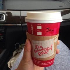 Photo taken at Starbucks by HyeJoon K. on 11/9/2014
