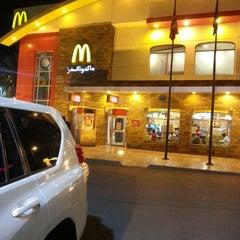 Photo taken at McDonald's   ماكدونالدز by Nashmal N. on 11/12/2012