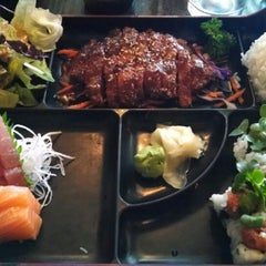 Photo taken at Sushiko Japanese Grill by Russell T. on 5/25/2014