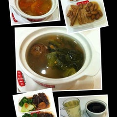 Photo taken at Ah Yip Herbal Soup by Randy Y. on 3/30/2014