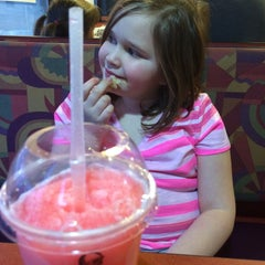 Photo taken at Taco Bell by Christa R. on 3/5/2015
