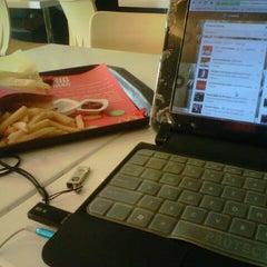 Photo taken at McDonald's by Resti Dwi Lestari on 4/1/2013