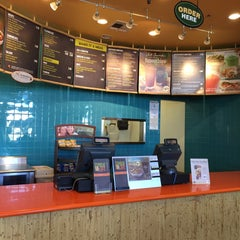 Photo taken at Tropical Smoothie Cafe by Sharon K. on 10/20/2015