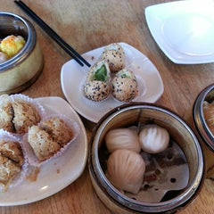Photo taken at Yuan Garden Dim Sum House by Melv on 3/8/2015