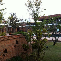Photo taken at Sukhothai Heritage Resort by Joe L. on 1/22/2013