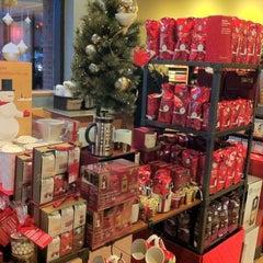 Photo taken at Starbucks by Jonathan C. on 11/2/2012