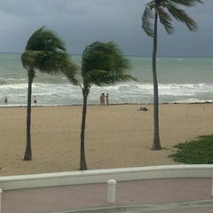 Photo taken at Courtyard by Marriott Fort Lauderdale Beach by Randy R. on 10/15/2012