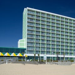 Photo taken at Holiday Inn Va Beach-Oceanside (21st St) by REBEL T. on 8/5/2013