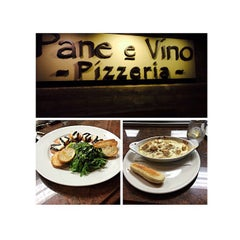 Photo taken at Pane e Víno Pizzeria by Janie B. on 4/3/2015