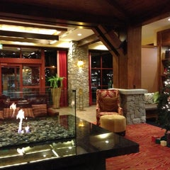 Photo taken at Marriott's Timber Lodge by Rich B. on 12/15/2012