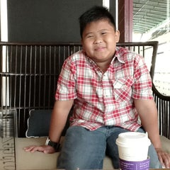 Photo taken at Coffee Zone by Farah S. on 7/4/2013