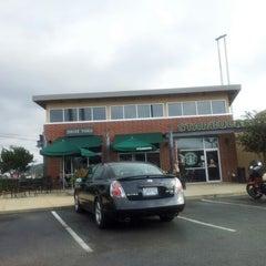 Photo taken at Starbucks by Vamshi G. on 10/14/2012