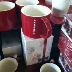 Photo taken at Starbucks by Dennis R. on 12/16/2012
