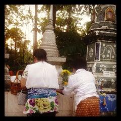 Photo taken at วัดสว่างอารมณ์ by Saowaluk R. on 10/1/2013