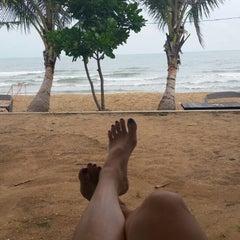 Photo taken at Rattanapura Beach Resort (รัตนปุระ บีช รีสอร์ท) by Lyncy L. on 6/8/2014