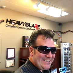Photo taken at Heavyglare  Eyewear by Grant L. on 12/31/2012