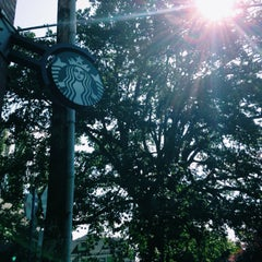 Photo taken at Starbucks by Shadee H. on 5/31/2014