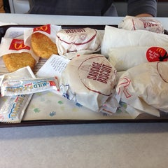 Photo taken at McDonald's by Paul P. on 11/21/2013