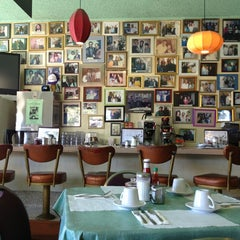 Photo taken at Lois the Pie Queen by Curtis C. on 6/27/2013