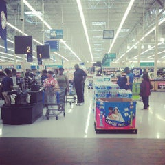 Photo taken at Walmart Supercenter by Reuel W. on 8/1/2013