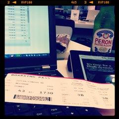 Photo taken at Virgin Australia Lounge by Tim C. on 6/5/2013