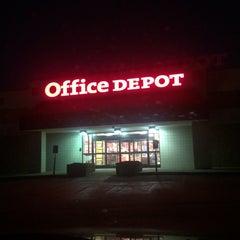 Photo taken at Office Depot by Teri C. on 9/16/2014