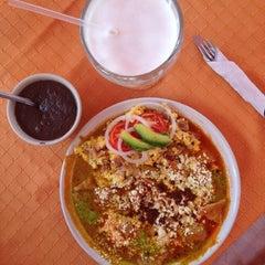 Photo taken at El zacahuil huasteco by Luis Enrique G. on 8/1/2015