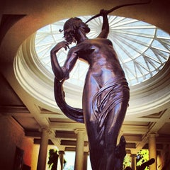 Photo taken at The Huntington Library, Art Collections, and Botanical Gardens by Ramiro R. on 10/2/2012