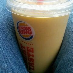 Photo taken at Burger King® by Rafa B. on 2/8/2013