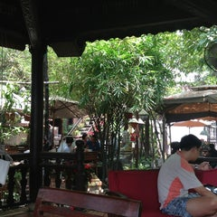 Photo taken at Xưa & Nay Cafe by Kiet N. on 7/28/2013