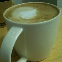 Photo taken at Starbucks by Leanne L. on 1/16/2013