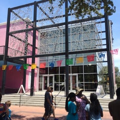 Photo taken at Museo Alameda by Gerardo L. on 8/2/2014