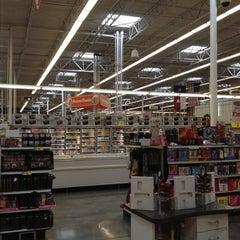 Photo taken at H-E-B plus! by Cynthia ❤ S. on 11/27/2012