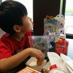 Photo taken at McDonald's by Martin S. on 5/30/2015