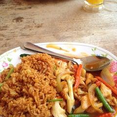 Photo taken at Restoran Andaman by Nik H. on 5/30/2015