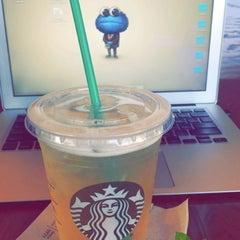 Photo taken at Starbucks by Abdullah on 4/27/2016