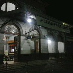 Photo taken at Stasiun Solo Jebres by Azis Syaiful E. on 11/17/2012