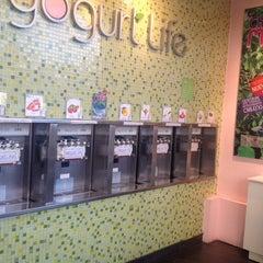 Photo taken at Yogurt Life by Samuel S. on 11/25/2013