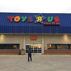 """Photo taken at Toys """"R"""" Us by Nathan B. on 4/25/2015"""