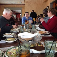 Photo taken at Olive Garden by Casey H. on 2/12/2014