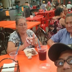 Photo taken at Mercado De Los Ancianos by Junior P. on 4/8/2015