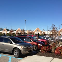 Photo taken at Williamsburg Premium Outlets by Chuck N. on 1/20/2013
