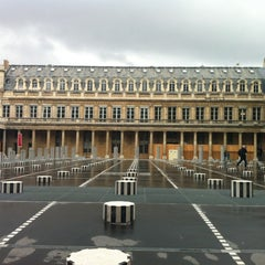 Photo taken at Palais Royal by @flakitavalente™ 👜 on 3/17/2013