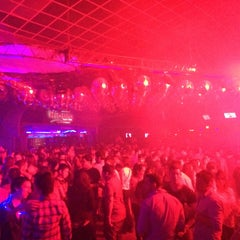 Photo taken at Ribera Night Club by Verônica C. on 6/4/2015