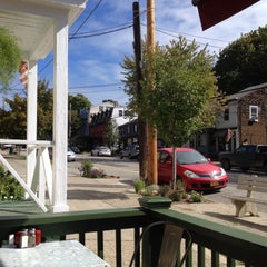 Photo taken at Silver Spoon Cafe by Will S. on 10/6/2015