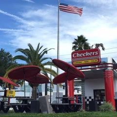 Photo taken at Checkers by Aziz A. on 9/18/2015