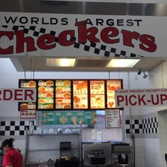 Photo taken at Checkers Drive-In Restaurant by Aziz A. on 9/17/2015