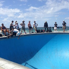 Photo taken at Bondi Skatepark by Gian Maria G. on 2/21/2013